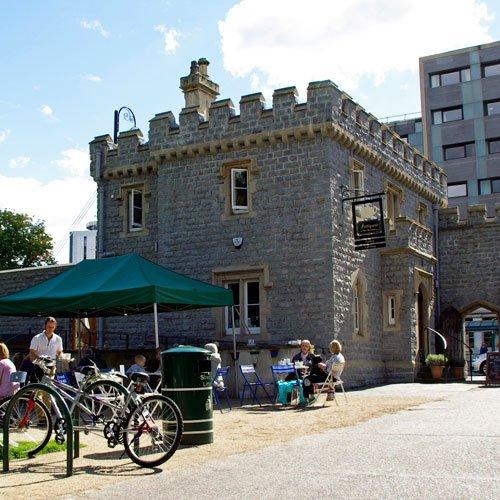 The west lodge entrance and Pettigrew Tea rooms